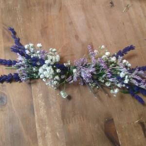 Prendido con flor de lavanda